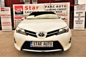 Toyota Auris VER-1-8-VVT–I-HYBRID-AUTOMATIK-TOURING-SPORTS
